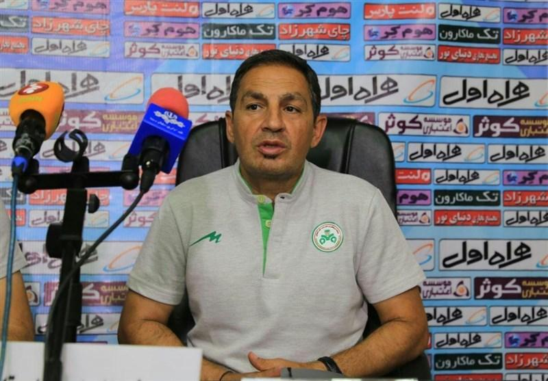 اصفهان، نمازی: می گردد مثل برخی تیم ها بسته بازی کرد اما ما می خواهیم فوتبال خوبی بازی کنیم، حتی نمی توانیم به قهرمانی نزدیک شویم!