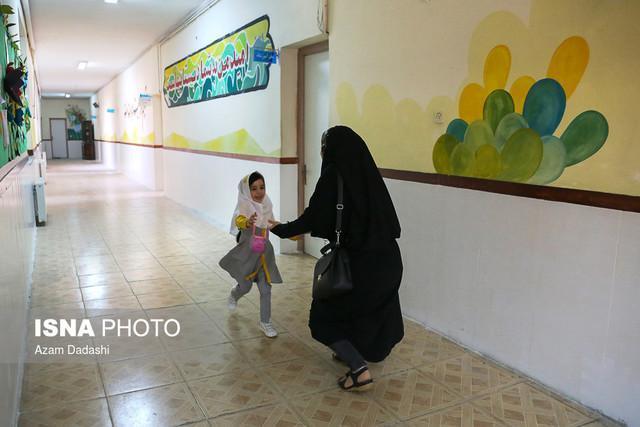 مدارس بازسازی گردیده مناطق زلزله زده کرمانشاه مستحکم هستند