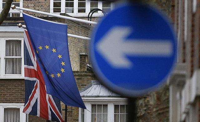 ساندی تایمز: 4 وزیر انگلیس در آستانه کناره گیری هستند