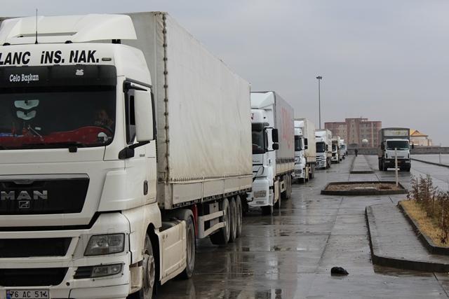 گمرک ایران بیان کرد؛ توافق گمرک ایران و ترکیه برای پذیرش روزانه 450 دستگاه کامیون