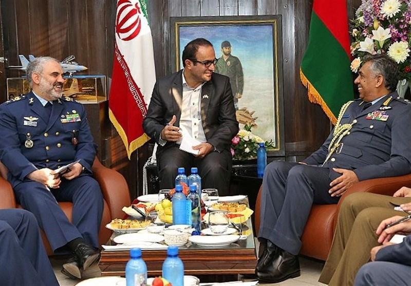 دیدار فرمانده نیروی هوایی عمان با فرمانده نیروی هوایی ارتش