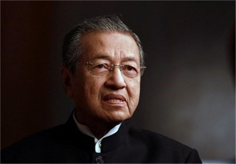 ماهاتیر محمد به عنوان نخست وزیر مالزی سوگند یاد کرد