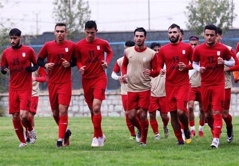 اعضای تیم فوتبال امید وارد عمان شدند