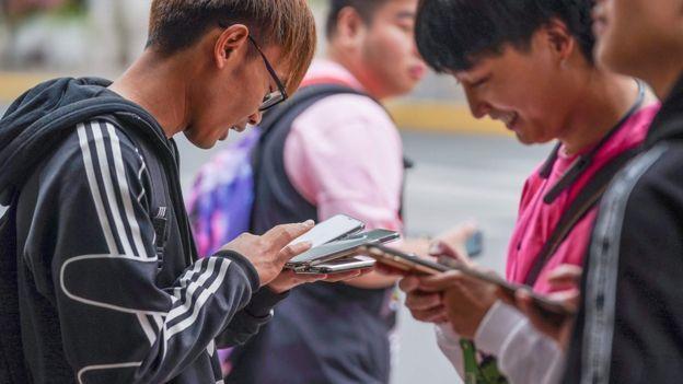 اجباری شدن اسکن چهره برای خرید تلفن همراه در چین