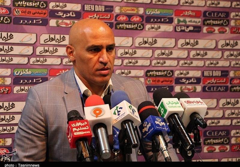 اصفهان، منصوریان: بازیکنان ذوب آهن جانفشانی کردند، باید همین روند را حفظ کنیم