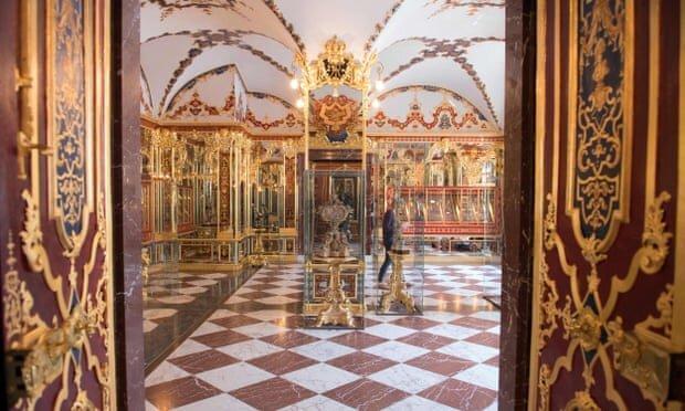 فیلم ، دزدی جواهرات و اشیا تاریخی از موزه درسدن آلمان