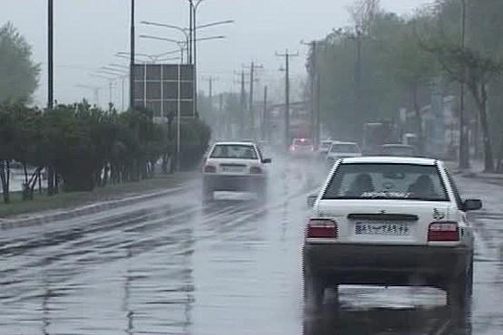 برخورد با تاکسی هایی که در روز های بارانی غیب می شوند!