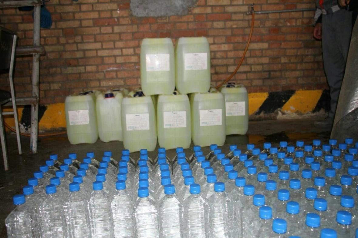 پایگاه شهید فکوری، کارگاه تولید محلول شوینده را راه اندازی کرد