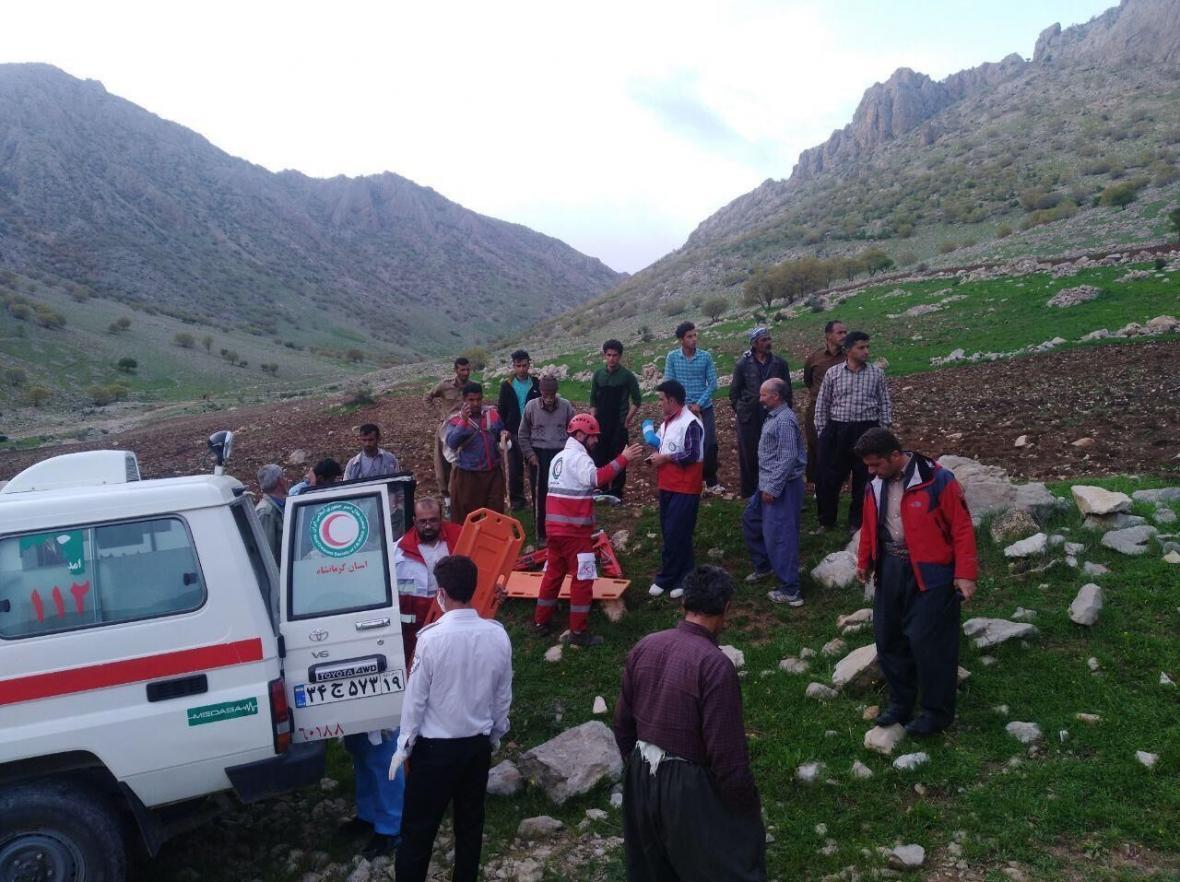 خبرنگاران درگیری روستایی در روانسر 10 زخمی برجا گذاشت