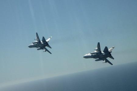 رصد تحرکات ناوشکن آمریکایی در بالتیک توسط جنگنده های روسیه