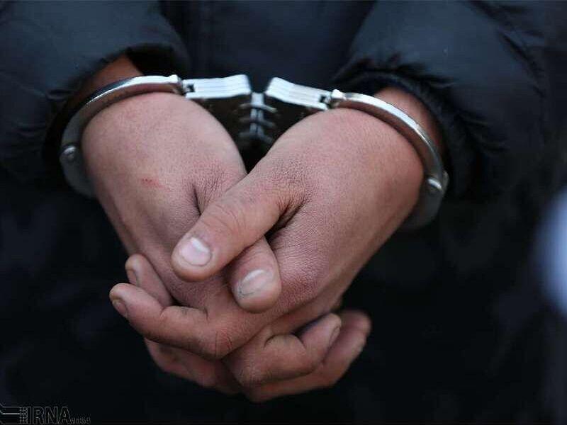 خبرنگاران جزئیات تیراندازی و دستگیری سرنشینان خودرو بدون پلاک از زبان فرماندار اسلامشهر
