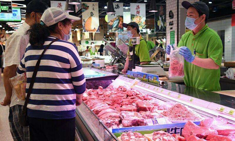 چین برای مقابله با کرونا واردات گوشت را متوقف کرد