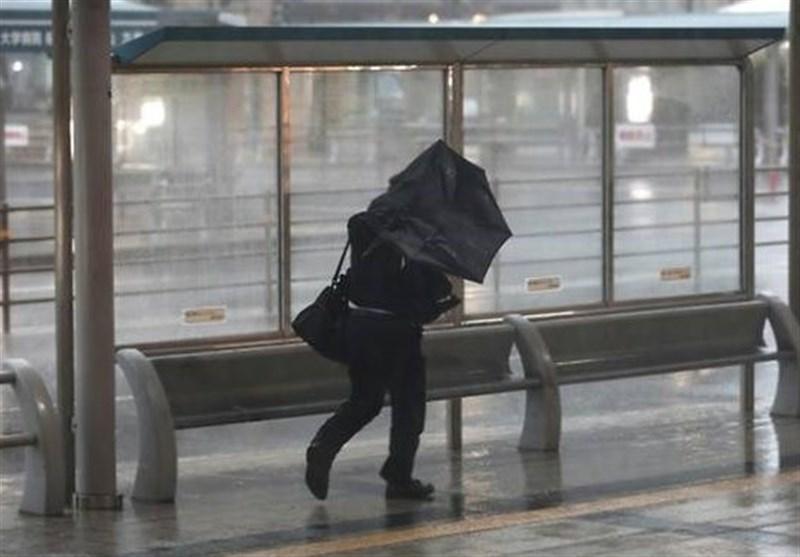 ژاپن در انتظار یک طوفان قدرتمند دیگر
