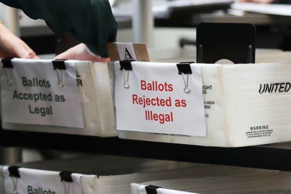 ایجاد حریق عمدی در یک صندوق رأی در بوستون آمریکا، مظنون بازداشت شد