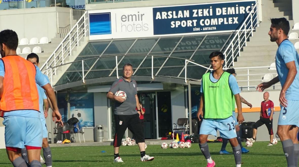 بازیکنان دعوت شده به اردوی تیم ملی معین شدند؛ غیبت طارمی، بیرانوند و آزمون در لیست اسکوچیچ