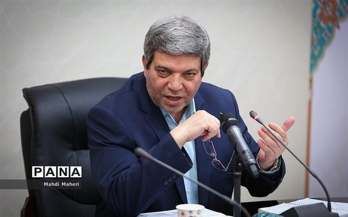 حسینی: 14 هزار دانش آموز با احتیاج ویژه به زودی تبلت دار می شوند
