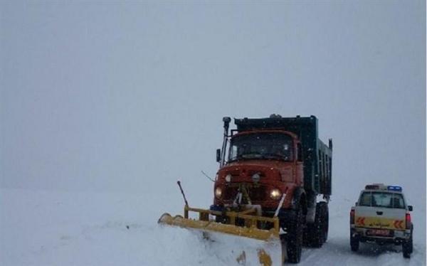 پیش بینی برف و کولاک در محورهای کوهستانی غرب و شمال