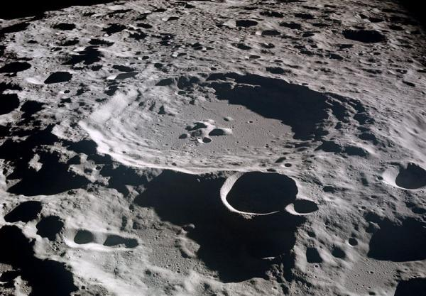 فردا شب ماه در کمترین فاصله از زمین قرار می گیرد